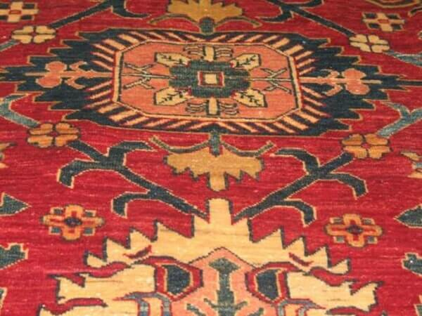 שטיח פרסי מדגמי חבל בלוצ'י בפרס