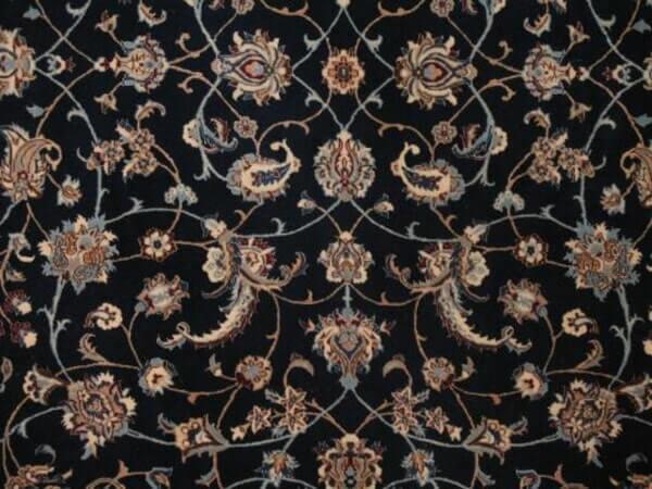שטיחים פרסיים מסוג נאהין - סיב משי