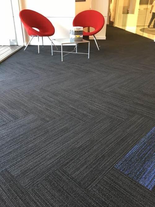שטיחים קיר לקיר
